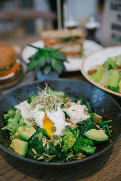 52432ac6a00 Healthy veggan (vegan with eggs) restaurant