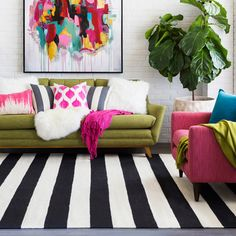 We have collected 25 apartment living room ideas! Hopefully, you will find some ideas on how to design your living room stylishly! Funky Living Rooms, Colourful Living Room, Living Room Colors, Rugs In Living Room, Living Room Designs, Colorful Rooms, Bright Colored Bedrooms, Funky Bedroom, Living Room Decor Eclectic