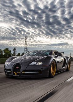 Luxury car Bugatti Veyron by Mansory