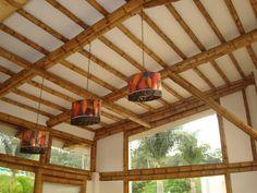 Diseño y construcción de casa Montoya en guadua o bambú por Zuarq Arquitectos. Bamboo Architecture, Architecture Design, Bamboo House, Master Bath, Farmhouse Decor, House Design, Cabin, Windows, Ceiling Lights
