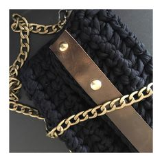 """""""Urbanity""""▫️ New collection With or without chain More info 📩 Visit : www. Handmade Bags, Chanel Boy Bag, Shoulder Bag, Wallet, Chain, Store, Brown, Crochet, Unique"""