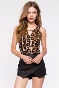 Леопардовый топ Размеры: M, L Цвет: черный с принтом Цена: 1217 руб.     #одежда #женщинам #топы #коопт Cute Skirt Outfits, Hot Outfits, Girly Outfits, Fashion Wear, Womens Fashion, Female Fashion, Fashion Models, Elite Model Look, Bridget Satterlee