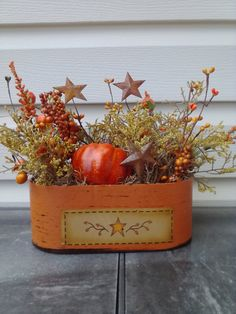Fall arrangement. Primitive autumn decor. Fall decor