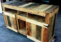 DIY #Pallet Wooden TV Stand - Media Cabinet | 99 Pallets