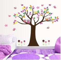 Sisustustarra pöllöt ja värikäs puu
