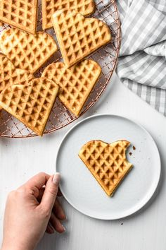 Fluffy Waffles, Halloumi, Clean Eating, Paleo, Food And Drink, Vegan, Cooking, Breakfast, Blog