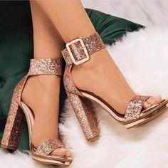 Open Toe Line-Style Schnalle Plattform Prom SandalenPailletten Open Toe Line-Style Schnalle Plattform Prom Sandalen Carvela GRAB Sandalias con plataforma silver - Mystilo Pin by Bahriye Özen on AyaKKabı DüNYAsı__ in 2019 Lace Up Heels, Ankle Strap Heels, Pumps Heels, Stiletto Heels, Ankle Straps, Glitter Heels, Gold Heels, Flats, Gold Glitter