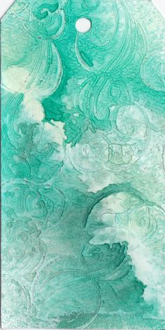 Stamped gesso and glimer mist background by http://turkusowo.blogspot.nl/2011/09/zielony-tag.html