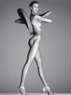 BODY BY KLOSS – STEVEN MEISEL & VOGUE ITALIA