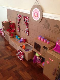 Recycled Cardboard Box Crafts For Kids - Kids Art & Craft Cardboard Kitchen, Recycle Cardboard Box, Cardboard Box Crafts, Cardboard Toys, Cardboard Furniture, Paper Crafts, Cardboard Box Ideas For Kids, Barbie Furniture, Kids Crafts