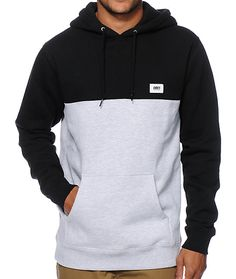 This thick fleece pullover hoodie is constructed with a two-tone colorblock design and a contrast Obey logo patch at the chest.