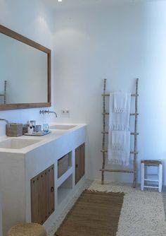 ++Baño con lavabo obra