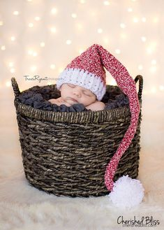 A very easy to make Stocking Hat Crochet Pattern. This is great for beginners who want to make that special hat for their kid! Makes a great photo prop