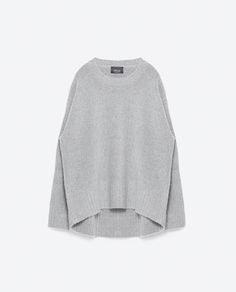 In this weather, no piece of clothing is more essential than an oversize sweater. Comfy and warm, this cozy staple is a go-to base for all additional winter layers. Ahead, shop 11 chic pullovers rendered in various hues, details and prints that are… Zara Tops, Jersey Oversize, Oversized Tops, Oversized Sweaters, Pullover, Zara Women, Winter Wardrobe, Sweater Weather, Pulls