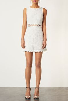 I love this dress from Topshop, the lace overlay is perfect and so is the high neck! #TopshopPromQueen