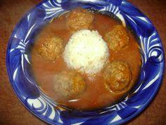 La Cocina de Leslie: Albondigas al Chipotle & Tortas Gema I love authentic Mexican food. SS