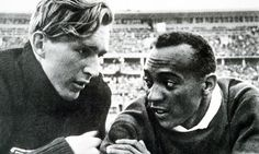 Long jumpers Luz Long and Jesse Owens at the 1936 Olympics in Berlin. 1936 Olympics, Berlin Olympics, Summer Olympics, Jesse Owens, Rick Owens, Thing 1, Interesting History, African American History, Track And Field