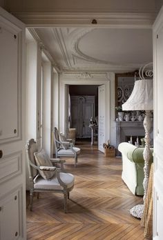 I Heart Shabby Chic: More French & Shabby Chic Apartments