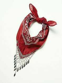 Chase Me Chain Bandana - New Ideas Bandana Crafts, Bandana Ideas, Bandana Outfit, Festival Shop, Free People Clothing, Bandana Print, Embroidery Fashion, Neck Scarves, Festival Outfits