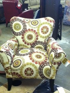 Great chair! Pair with a sold sofa and another accent chair