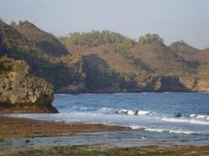 Srau Beach, in Pacitan, East Java. This is where you can snorkeling, surfing and fishing.