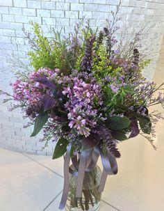 #omiyamonolith#novarese#vressetrose #wedding #blue #purple #bouquet #natural #flower #bridal #大宮モノリス#ノバレーゼ#ブレスエットロゼ#ウエディング #クラッチブーケ#パープル# ブーケ #ラウンドブーケ#結婚式#ナチュラル#ライラック