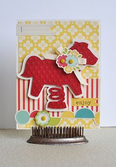 Cricut Pony Card! Cute card! Look at the clever way it is displayed too!