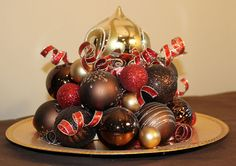 Want a beautiful and unique centerpiece for your christmas table? We offer unique, handmade christmas decor to compliment your personal