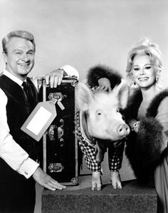 Eddie Albert and Eva Gabor with Arnold in Green Acres