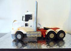 Kenworth Truck  - Cake by D'lish Cupcakes -Natalie McGrane