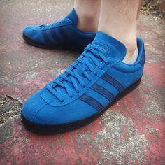 adidas Originals Topanga: Blue