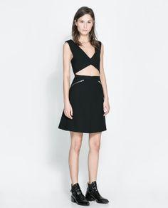 Zara Black Cutout Dress Like new! Fully lined. Zara Dresses, Nice Dresses, Dresses For Work, Vestidos Zara, Charlotte, Perfect Little Black Dress, Cutout Dress, Zara Black, Casual Looks