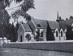 NG gemeente Durbanville - op 1 April 1825 is die hoeksteen van die kerkgebou op Pampoenkraal gelê. Op 6 Augustus 1826 is die inwydingsrede deur ds. Cathedrals, Cape Town, Ds, South Africa, Bottles, History, Historia, Cathedral
