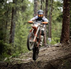 Adam Booth sending the KTM USA cuz it's Friday. Bike featured in Issue 📸 Simon Cudby Motocross Videos, Motocross Love, Enduro Motocross, Enduro Motorcycle, Moto Bike, Ktm Dirt Bikes, Cool Dirt Bikes, Dirt Biking, Moto Wallpapers