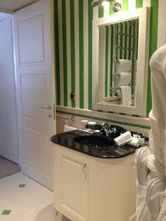 l'eleganza dei materiali Petracer's nelle suite dell'hotel NEGRESCO