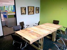 19 escritorios palets Bricolaje - una buena manera de ahorrar dinero y para personalizar tu oficina en casa