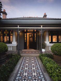 A guide to choosing tessellated tiles – Olde English Tiles™ Victorian Tiles, Victorian Terrace, Victorian Front Garden, Brick Facade, Facade House, Porch Tile, Patio Tiles, Outdoor Tiles, Front Path
