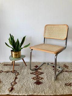 70s cantilever-stoel met gevlochten riet in de Thonet-stijl   Etsy