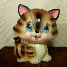 Retro Kitsch Kitty Cat Porcelain Bank, 1970s Adorable Striped Tabby Kitten, Japan , Kitschy Cute Cat, Save Your Pennies