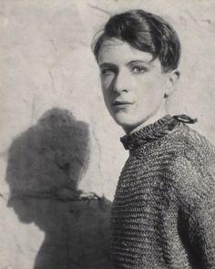 "bartleby-company: ""Cecil Beaton by Cecil Beaton, 1920s """