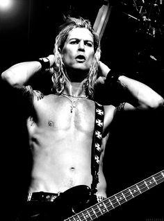 Duff McKagan omg I'm dying