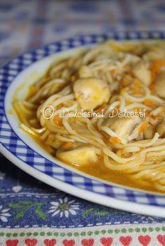 Zuppa di noodle con funghi