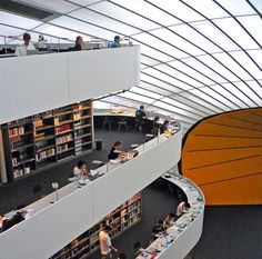 The library of the Faculty of Philology, The Free University of Berlin, is built by the famous architect Norman Foster. Photography by Sven Werkmeister Flickr.com