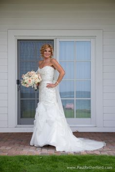 lake michigan bride photo The Inn at Bay Harbor Wedding destination Lake Michigan venue location in Northern Michigan flowers by Sky's The Limit, Hair by The Spa at The Inn at Bay Harbor, Reverend Glad Remaly, Simply Sweet by Jessica, DJ Ryan Rousseau, Coloured Door Video, Paul Retherford Photography #bayharbor #northernmichigan #wedding #theinnatbayharbor #destinationwedding #nomiweddings #weddingvenue #weddinglocation