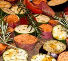 Exotische Knolle vom Blech - Lust auf was Neues? Die TK kennt ein tolles Rezept für die Zubereitung von Süßkartoffeln.