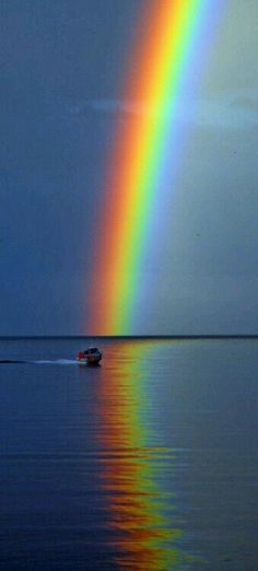 Rainbow Promise, Cool Photos, Beautiful Pictures, My Father's World, Rainbow Light, Sky Sea, Pot Of Gold, Northern Lights, Scenery