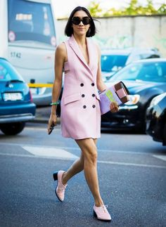 What to Wear to Work When It's Super Hot Out