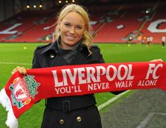 Tennis superstar Caroline Wozniacki paid a special visit to Liverpool on Saturday to watch her beloved Reds beat West Brom at Anfield. Liverpool Girls, Liverpool Fans, Liverpool Football Club, Best Football Team, Football Fans, Football Stuff, Caroline Wozniacki Tennis, Liverpool You'll Never Walk Alone, Gal Gabot