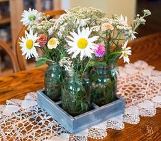 If you& been looking for a fun way to decorate your table, you have to try this DIY centerpiece project. This DIY Mason Jar Centerpiece Tray is absolutely charming and easy to make. Mason Jar Projects, Mason Jar Crafts, Mason Jar Diy, Mason Jar Centerpieces, Rustic Wedding Centerpieces, Centerpiece Ideas, Wedding Decorations, Easy Woodworking Projects, Easy Diy Projects