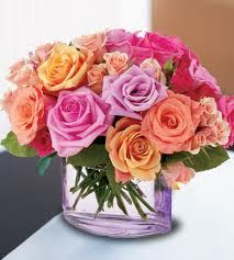 Mixes Roses With Glass  http://www.a1ahmedabadflowers.com/